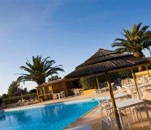 hotel-cesario-calvi-corsica-zwembad-usp.jpg