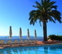 hotel-les-mouettes-zwembad-ajaccio-corsica-220x190.jpg
