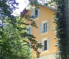 buitenkant hotel u castellu-220x190.jpg